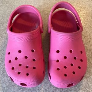 Classic Crocs in pink - size 6